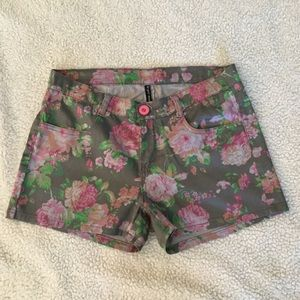 Pants - New Multicolored floral dress shorts